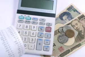 レシートと電卓とお金